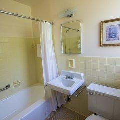 Отель Manoir dYouville ванная фото 2