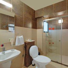Отель Sandalwood Hotel & Retreat Индия, Гоа - отзывы, цены и фото номеров - забронировать отель Sandalwood Hotel & Retreat онлайн ванная