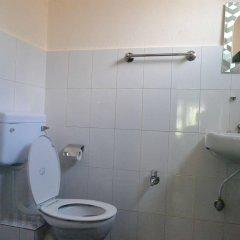 Отель Kathmandu Friendly Home Непал, Катманду - отзывы, цены и фото номеров - забронировать отель Kathmandu Friendly Home онлайн ванная фото 2