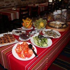 Отель Arbanashki Han Hotelcomplex Велико Тырново питание фото 3
