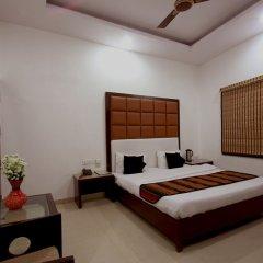 Отель OYO 16011 Hotel Mohan International Индия, Нью-Дели - отзывы, цены и фото номеров - забронировать отель OYO 16011 Hotel Mohan International онлайн сейф в номере