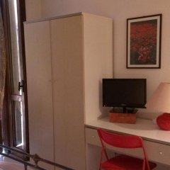 Hotel Tenesi Манерба-дель-Гарда удобства в номере фото 2