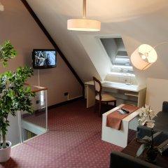 Hotel Exquisit комната для гостей