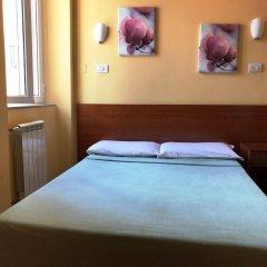Отель San Daniele Bundi House сейф в номере