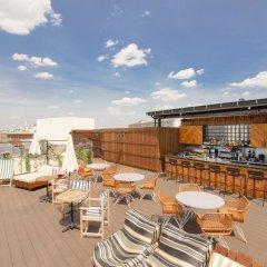 Отель Generator Paris бассейн фото 5