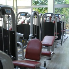 Golden City Hotel фитнесс-зал
