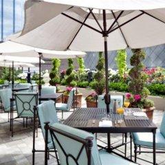 Отель L'Hermitage Hotel Канада, Ванкувер - отзывы, цены и фото номеров - забронировать отель L'Hermitage Hotel онлайн питание фото 3