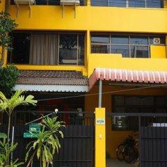 Ideer Hostel Бангкок парковка