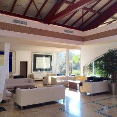 Отель Prinsotel La Dorada интерьер отеля