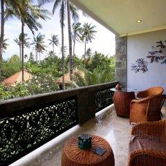 Отель Bayshore Villas Candi Dasa Индонезия, Бали - отзывы, цены и фото номеров - забронировать отель Bayshore Villas Candi Dasa онлайн балкон