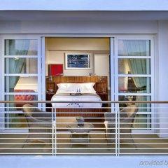 Отель Mr. C Beverly Hills балкон