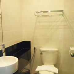 Отель Phuket Ecozy Hotel Таиланд, Пхукет - отзывы, цены и фото номеров - забронировать отель Phuket Ecozy Hotel онлайн ванная фото 2