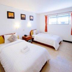 Отель Atlas Bangkok Бангкок комната для гостей