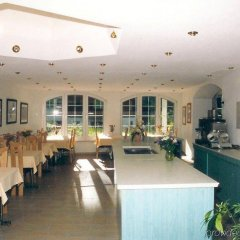 Отель Artist-Apartments & Hotel Garni Швейцария, Церматт - отзывы, цены и фото номеров - забронировать отель Artist-Apartments & Hotel Garni онлайн питание