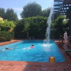 Отель Villa Grazia Римини бассейн фото 2