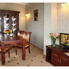 Гостиница Гранд-отель Пилипец Украина, Поляна - отзывы, цены и фото номеров - забронировать гостиницу Гранд-отель Пилипец онлайн питание фото 2