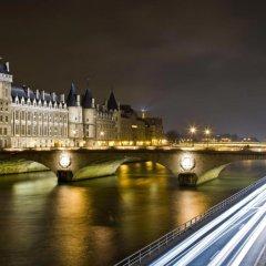 Отель Agora Париж приотельная территория