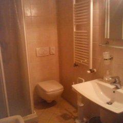 Отель Albergo Ristorante Centrale Италия, Тецце-суль-Брента - отзывы, цены и фото номеров - забронировать отель Albergo Ristorante Centrale онлайн ванная