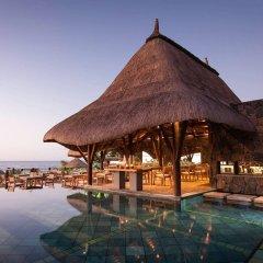 Veranda Grand Baie Hotel & Spa бассейн фото 3