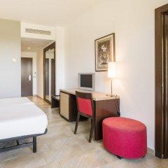 Отель ILUNION Calas De Conil Испания, Кониль-де-ла-Фронтера - отзывы, цены и фото номеров - забронировать отель ILUNION Calas De Conil онлайн комната для гостей фото 3