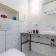 Отель Little Home - Plac Dabrowskiego 12 Польша, Варшава - отзывы, цены и фото номеров - забронировать отель Little Home - Plac Dabrowskiego 12 онлайн ванная