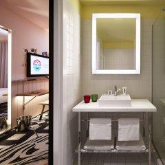 Отель Mama Shelter Belgrade Сербия, Белград - отзывы, цены и фото номеров - забронировать отель Mama Shelter Belgrade онлайн ванная