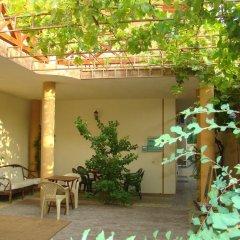 Гостиница Guest House Vinograd в Анапе отзывы, цены и фото номеров - забронировать гостиницу Guest House Vinograd онлайн Анапа балкон