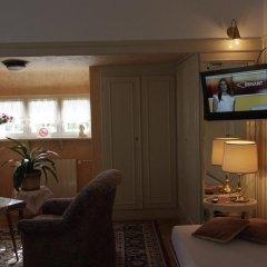 Отель George Pension комната для гостей