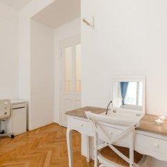 Апартаменты Central Apartment With Netflix Subscription 2 Bedroom Apts Прага удобства в номере