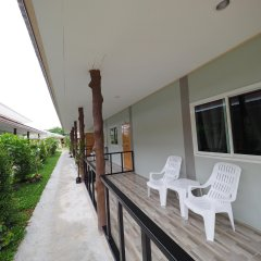 Отель Lanta Smile Beach At Klong Dao Ланта балкон