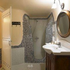 Отель Suites of the Gods Cave Spa ванная