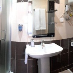 Отель Boulevard Guest House Азербайджан, Баку - 3 отзыва об отеле, цены и фото номеров - забронировать отель Boulevard Guest House онлайн ванная