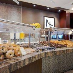 Отель New York Hilton Midtown США, Нью-Йорк - отзывы, цены и фото номеров - забронировать отель New York Hilton Midtown онлайн питание фото 3