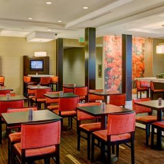 Отель Courtyard Los Angeles Century City Beverly Hills питание
