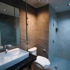 Отель Hap @ Sathorn ванная фото 2