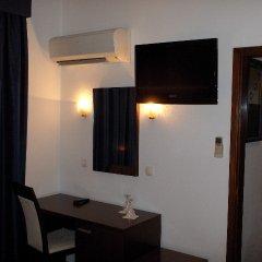 Hotel Excelsior Лиссабон сейф в номере