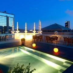 Отель Suites Center Barcelona Барселона бассейн