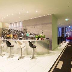 Отель TRYP Lisboa Aeroporto Hotel Португалия, Лиссабон - 9 отзывов об отеле, цены и фото номеров - забронировать отель TRYP Lisboa Aeroporto Hotel онлайн гостиничный бар