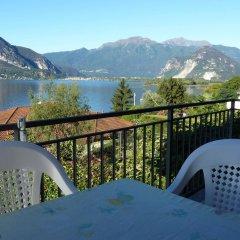 Отель Nina & Berto Италия, Вербания - отзывы, цены и фото номеров - забронировать отель Nina & Berto онлайн балкон