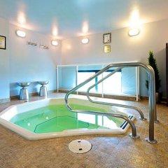 Отель GEC Granville Suites Downtown Канада, Ванкувер - отзывы, цены и фото номеров - забронировать отель GEC Granville Suites Downtown онлайн бассейн фото 3