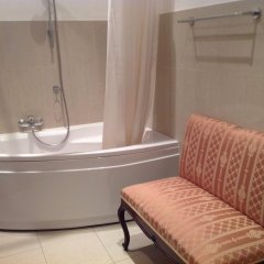 Отель Small Luxury Palace Residence ванная фото 2