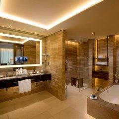 Отель Conrad Seoul Южная Корея, Сеул - 1 отзыв об отеле, цены и фото номеров - забронировать отель Conrad Seoul онлайн ванная