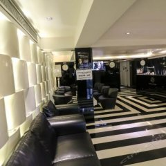 Отель Sukhumvit Suites фитнесс-зал фото 2