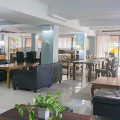 Отель Villa Cha Cha Rambuttri Бангкок интерьер отеля