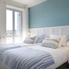 Отель Hondarribia Suites Испания, Фуэнтеррабиа - отзывы, цены и фото номеров - забронировать отель Hondarribia Suites онлайн комната для гостей