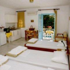 Отель Katerina Apartments Греция, Калимнос - отзывы, цены и фото номеров - забронировать отель Katerina Apartments онлайн комната для гостей фото 2