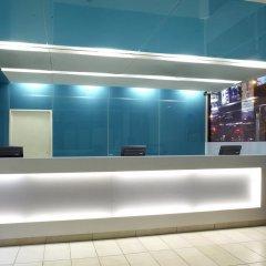 Отель Bond Place Hotel Канада, Торонто - 2 отзыва об отеле, цены и фото номеров - забронировать отель Bond Place Hotel онлайн интерьер отеля фото 3