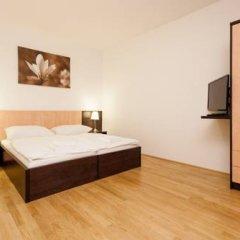 Отель Yourapartment 1150 Вена сейф в номере