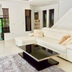 Отель 3 Bedroom Private Pool Villa Flora Таиланд, Самуи - отзывы, цены и фото номеров - забронировать отель 3 Bedroom Private Pool Villa Flora онлайн комната для гостей фото 2