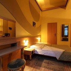 Отель Jordan Guest Rooms Краков сейф в номере